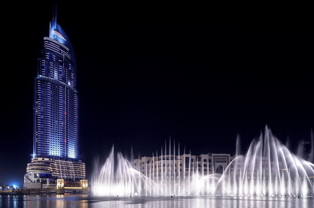 Фонтан в Дубай Молле