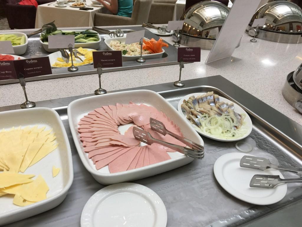 Какой русский не любит селедочку на завтрак